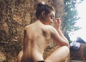 Photos of Topless Maisie