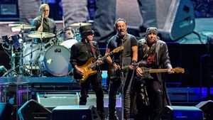 Bruce Springsteen Teases 2022