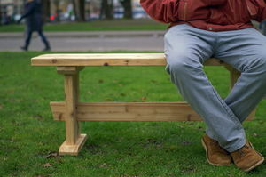 This Japanese-style bench is