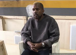 Kanye West Debuts Blonde Hair