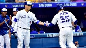 Blue Jays stave off Orioles'