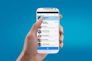 Facebook testing Messenger