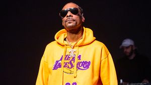 Snoop Dogg and More Lakers
