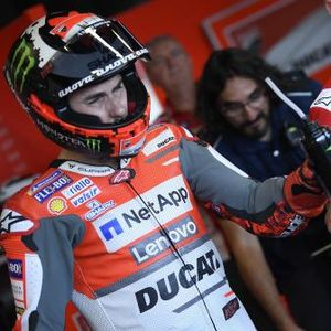 Lorenzo to fly home for