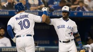 Blue Jays edge Red Sox to end