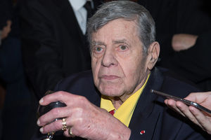 Jerry Lewis disinherited five