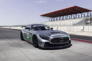 Mercedes-AMG turns the GT R