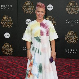 Pink is the 'bad cop' with her