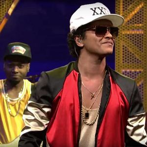 Bruno Mars stuns a sold-out