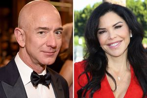 Inside Jeff Bezos' PDA-filled
