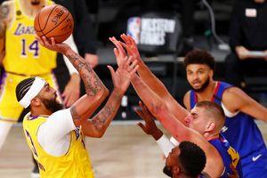 Los Angeles Lakers run away