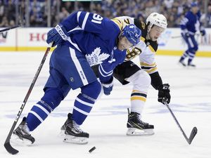 SIMMONS: Leafs and Bruins in