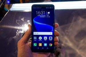 Honor View 10 Hands-on Photos