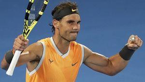 Rafael Nadal beats Alex de