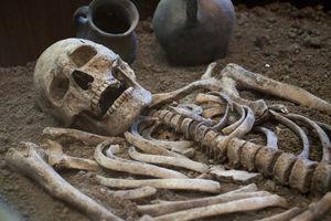 FBI finds 2,000 ancient human
