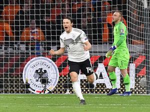 Euro Qualifiers: Germany edge