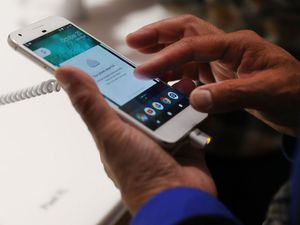 Google Pushes iPhones Users To