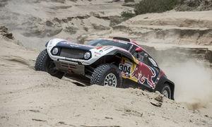 Peterhansel wins Dakar Stage 3