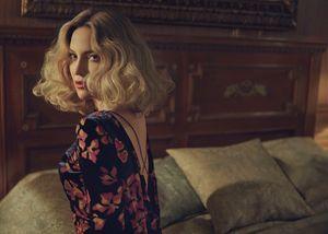 Kate Hudson Looks Like a 50's