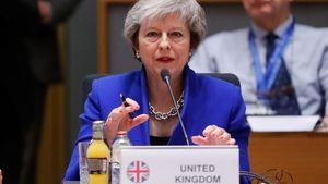 Brexit: Back my deal or risk