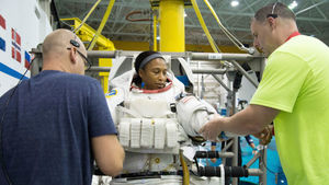 Black Astronaut Jeanette Epps
