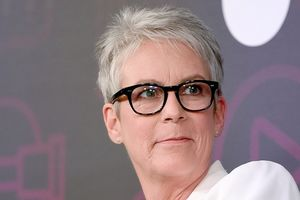 Jamie Lee Curtis Calls for