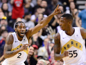 Kawhi leads balanced Raptors