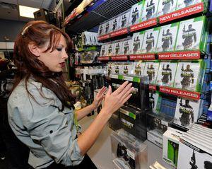 GameStop closing 150 stores as