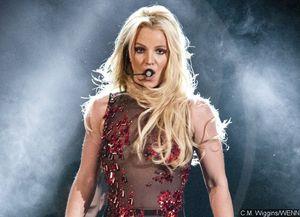 Britney Spears Suffers Nip