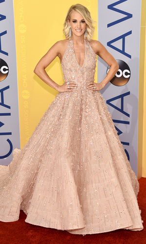 Carrie Underwood's 10 CMA