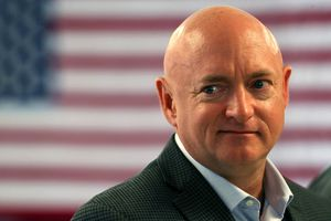 Mark Kelly announces bid for