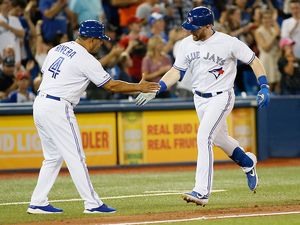 Blue Jays sluggers fly solo in