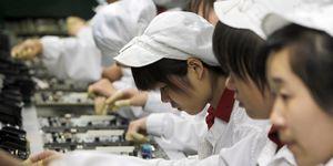 Apple admits student interns