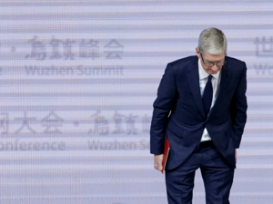 Tim Cook says Apple told users