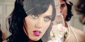 Bride Snapchats Wedding After