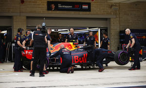 Red Bull baffled by suspension