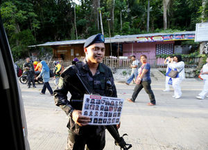 Philippines forces hit Islamic