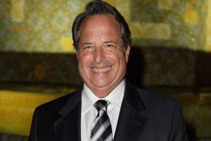 'SNL' alum Jon Lovitz compares