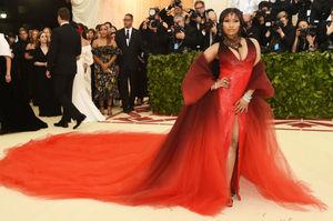 Nicki Minaj Announces New