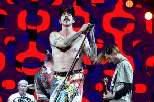 Red Hot Chili Peppers get