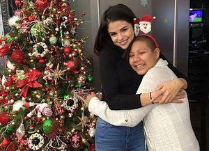 Selena Gomez and Jennifer