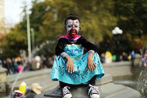 Halloween Makeup: Toxic
