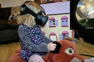 Nerdy dad uses virtual reality