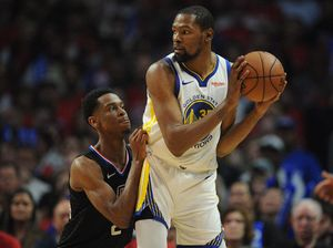 Kevin Durant shoots down