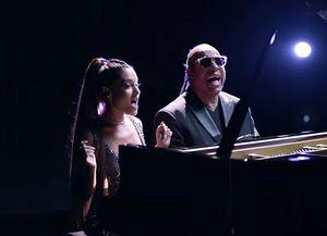 Ariana Grande and Stevie
