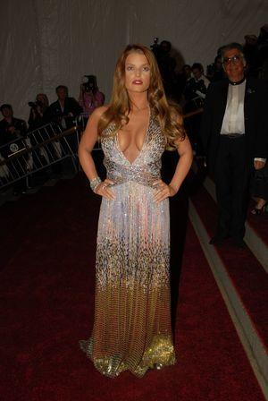 Vogue Says Sorry to Jessica