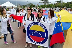 Venezuelan Doctors Demand That