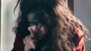'The Nevers' Star Amy Manson