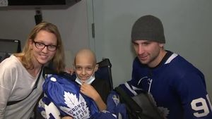 Maple Leafs lift spirits on