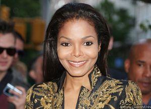 Pregnant Janet Jackson Steps